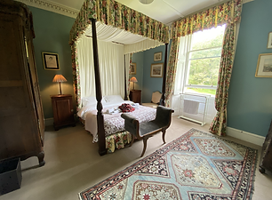Double four-poster double bedroom accommodation on Mull