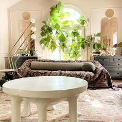 blanket-over-sofa-trend82451316-14720568