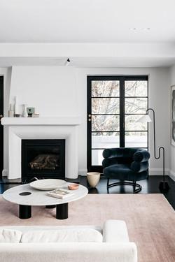 arent-pyke-contemporary-minimalist-livin