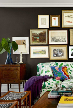 brown-black-living-room-1520533992.jpg