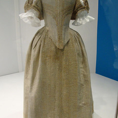 English court dress from the 1660s,