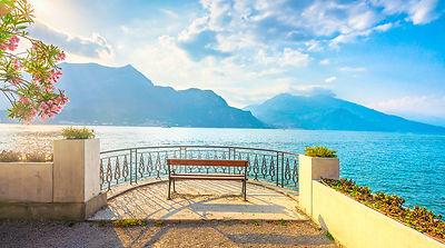 Bench on Como Lake. Bellagio