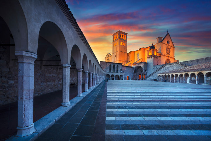 Assisi, San Francesco Basilica Sunset