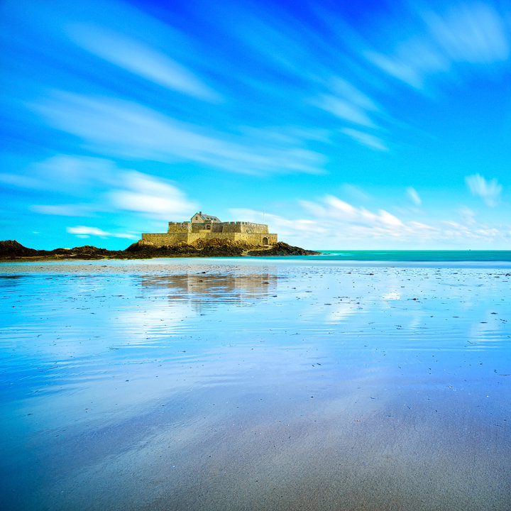 Saint Malo, Fort National Low Tide. Brittany