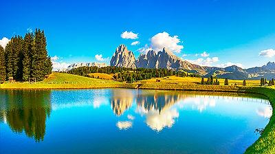 Panoramic Lake View in Alpe di Siusi