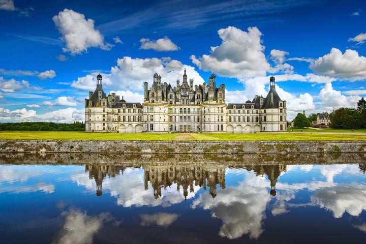 Chateau de Chambord and Reflections. Loire