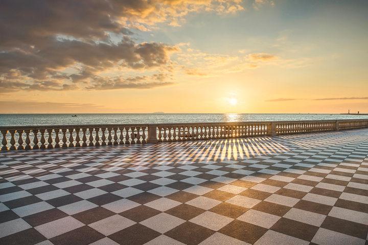 Terrazza Mascagni Sunset in Livorno