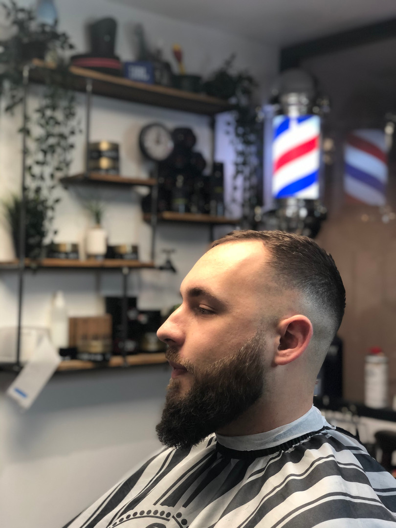 Coupe et barbe homme
