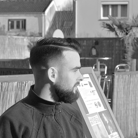 Barbe coupe homme