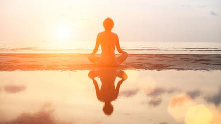 Meditação pelo mar