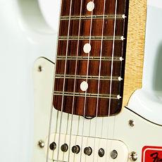 Egit Fender Strat Classic 60s Detail.jpg