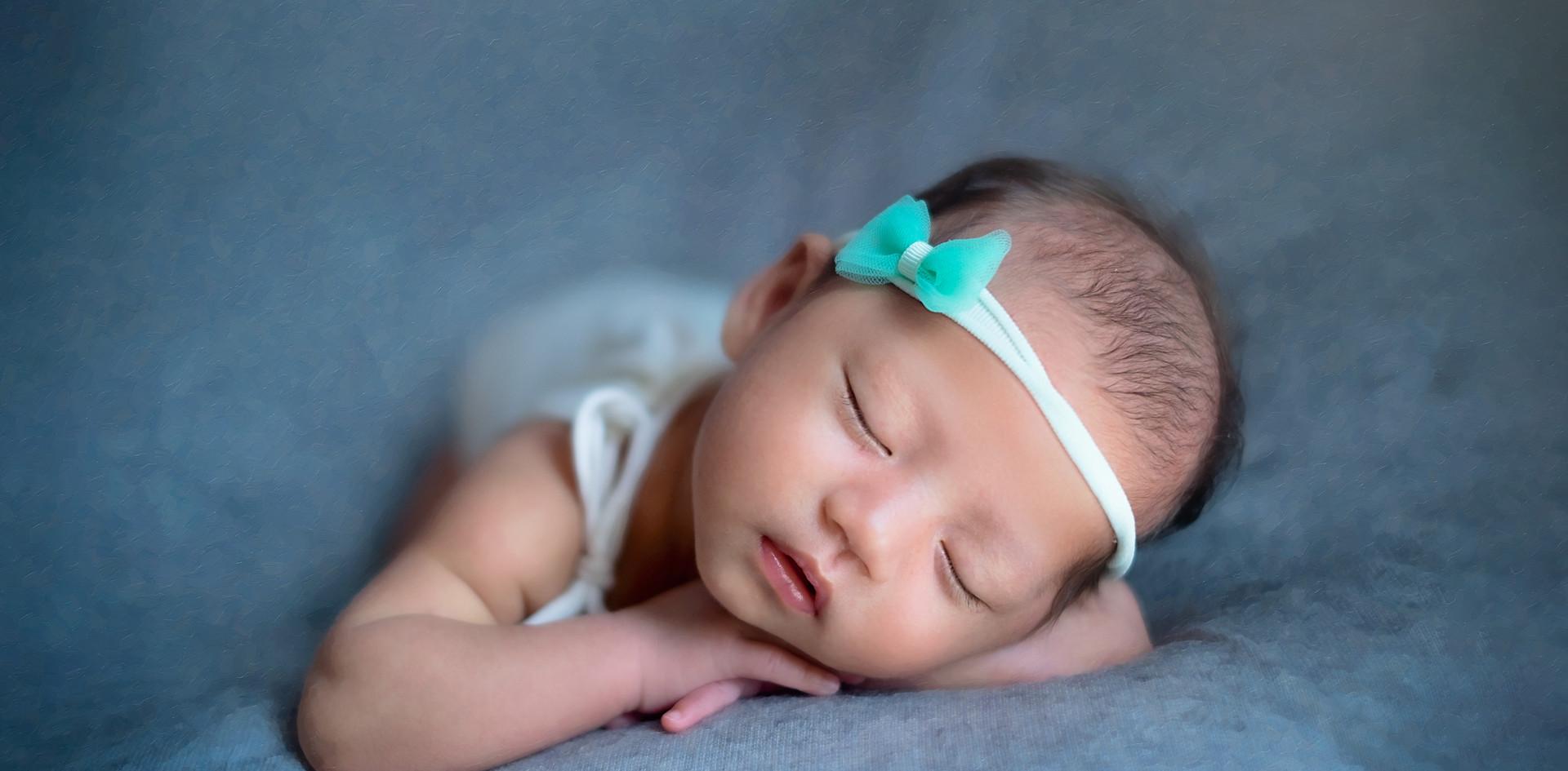 Cara_Newborn_19.jpg