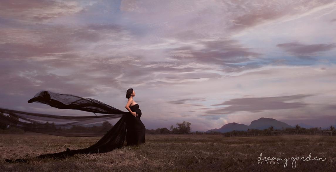 Dreamy_Garden_Portrait_field_ maternity