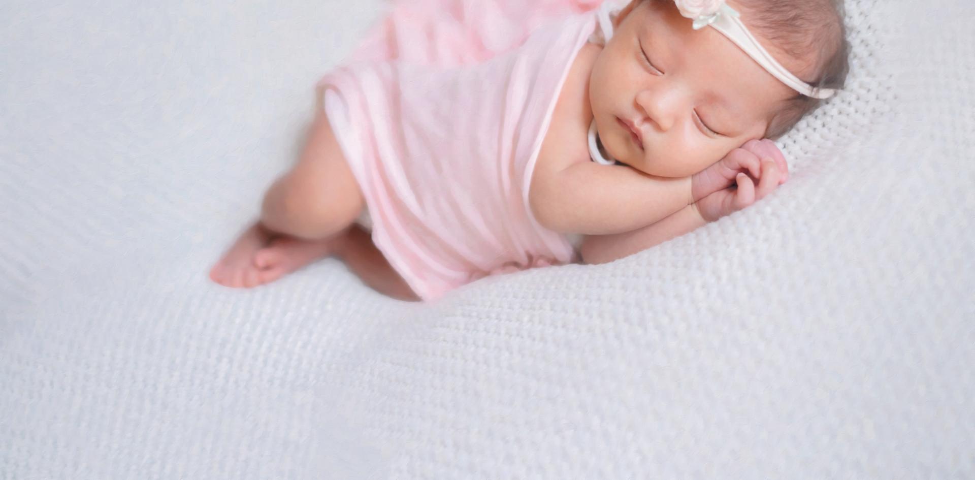 Cara_Newborn_07.jpg
