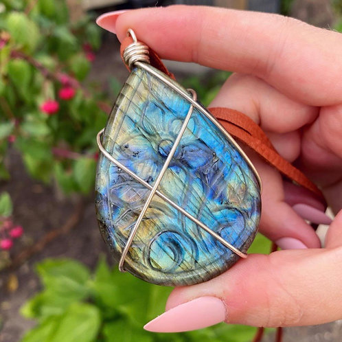 Floral Carved Labradorite Necklace - Sterling w/ Cord