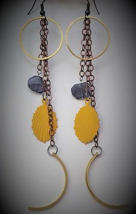 Earrings-Free-A-01.jpg
