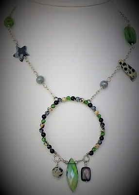 Necklace-Travail-I-01.jpg