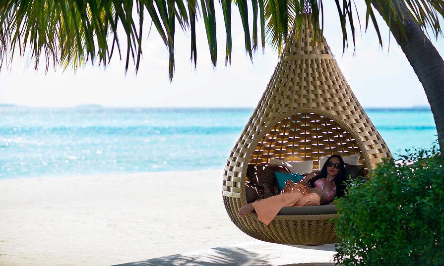 Anantara-Kihavah-Maldives-Villas1-2000x1
