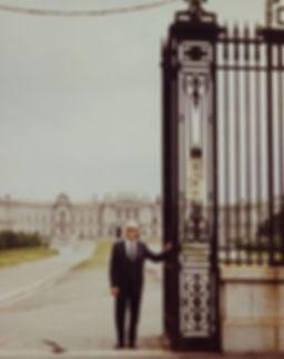 1968-Fu Jen U-gate.jpg