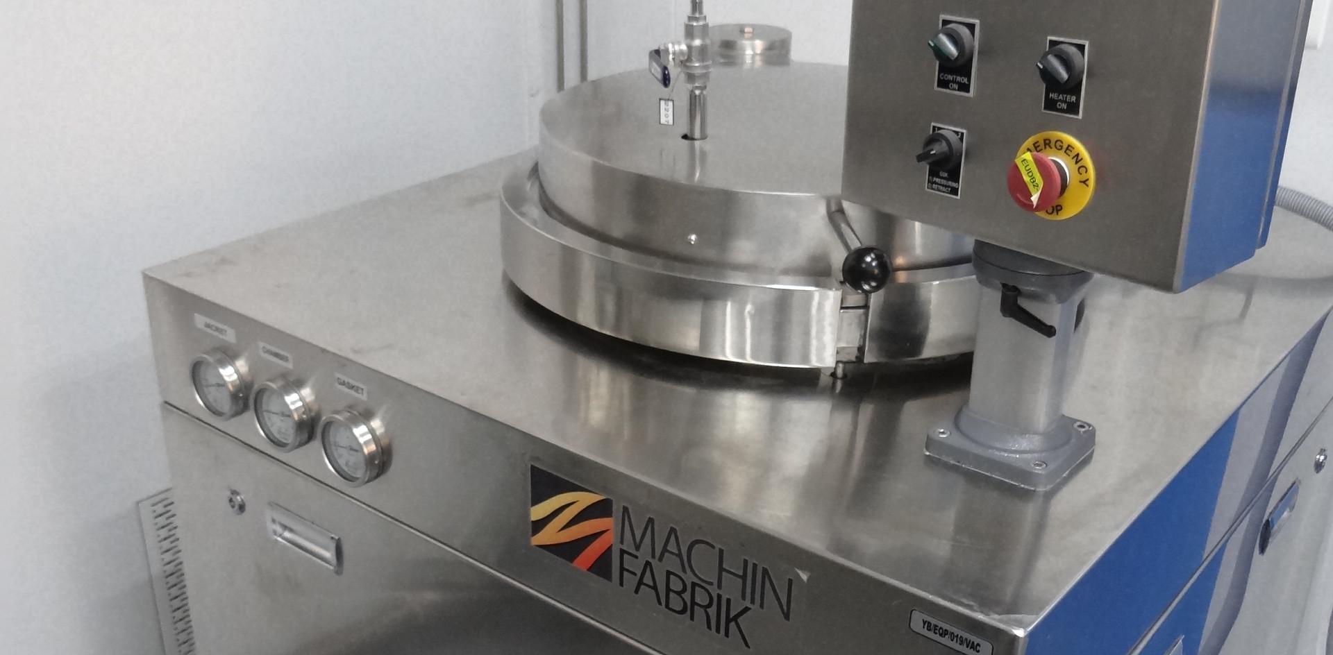 Decontamination Autoclave.JPG