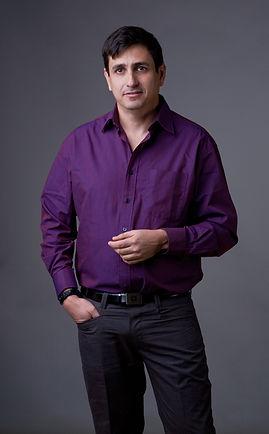 Arik Afek Wire Aritist