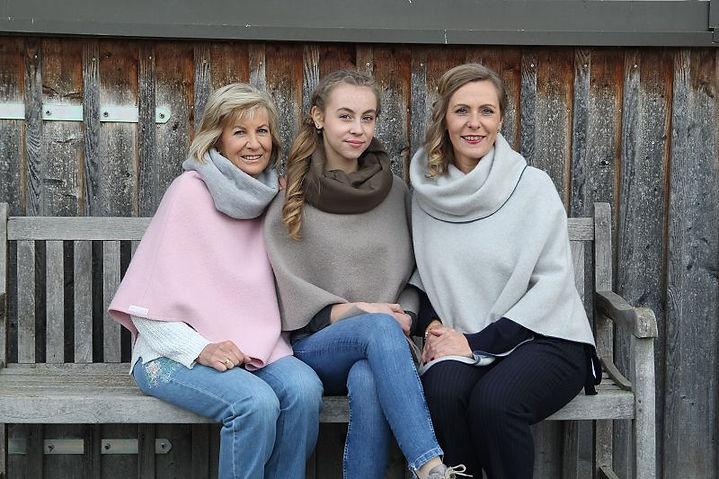 Petra Grassel Fashion Cape