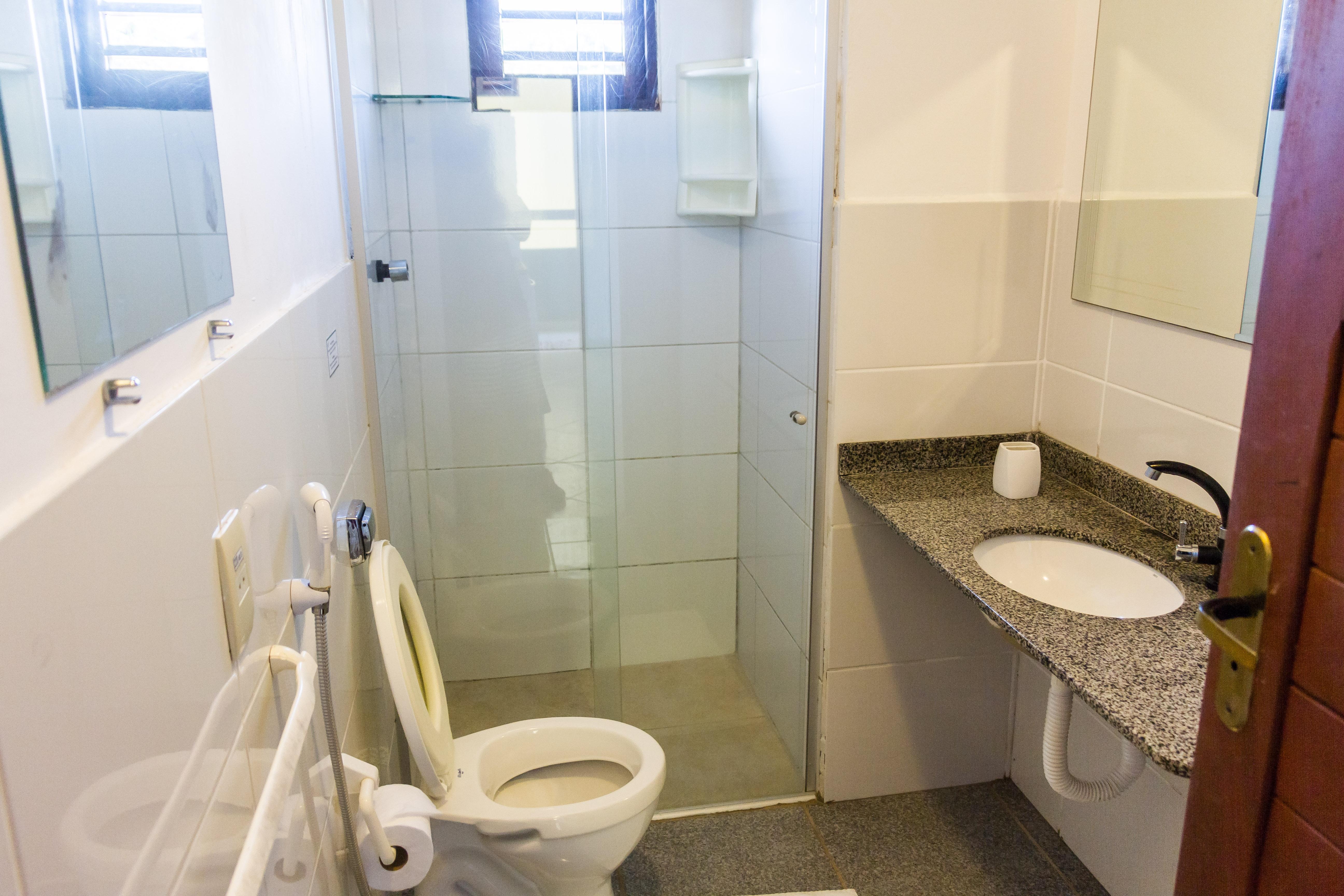 quad toilet