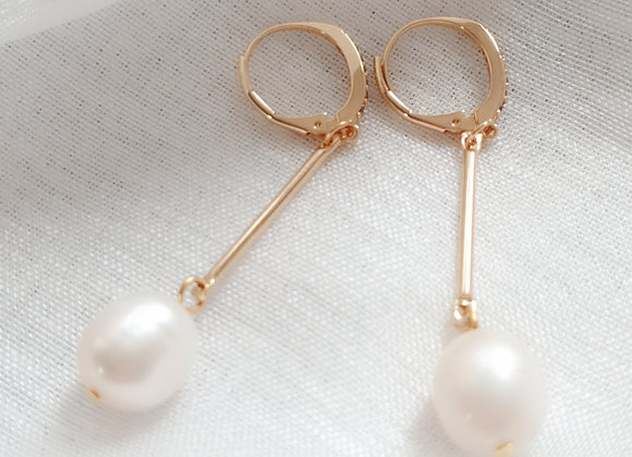 Gold-colored earrings | Genuine Freshwater Pearls