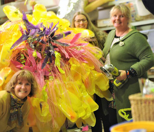 RECYCLED FLOWER WORKSHOPS
