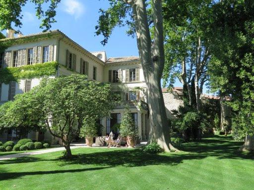 An Inside Look: La Divine Comédie Resort