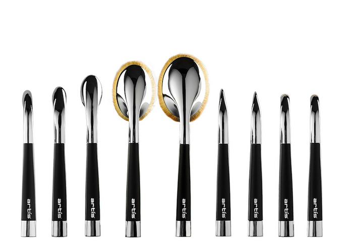 Makeup Trends: Artis Brushes