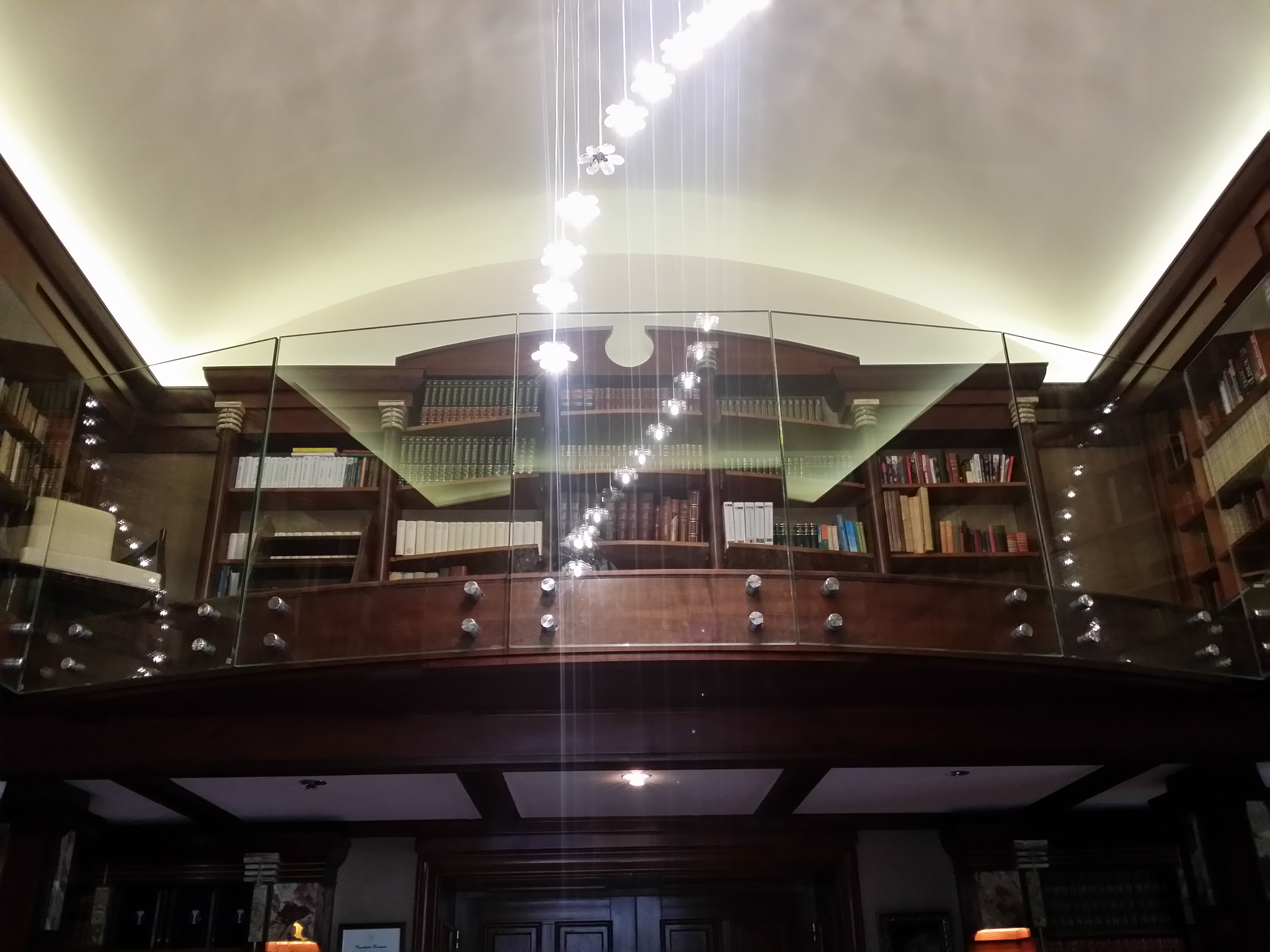 Balustrada sticla biblioteca
