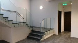 Balustrada geam in sistem point-fixing