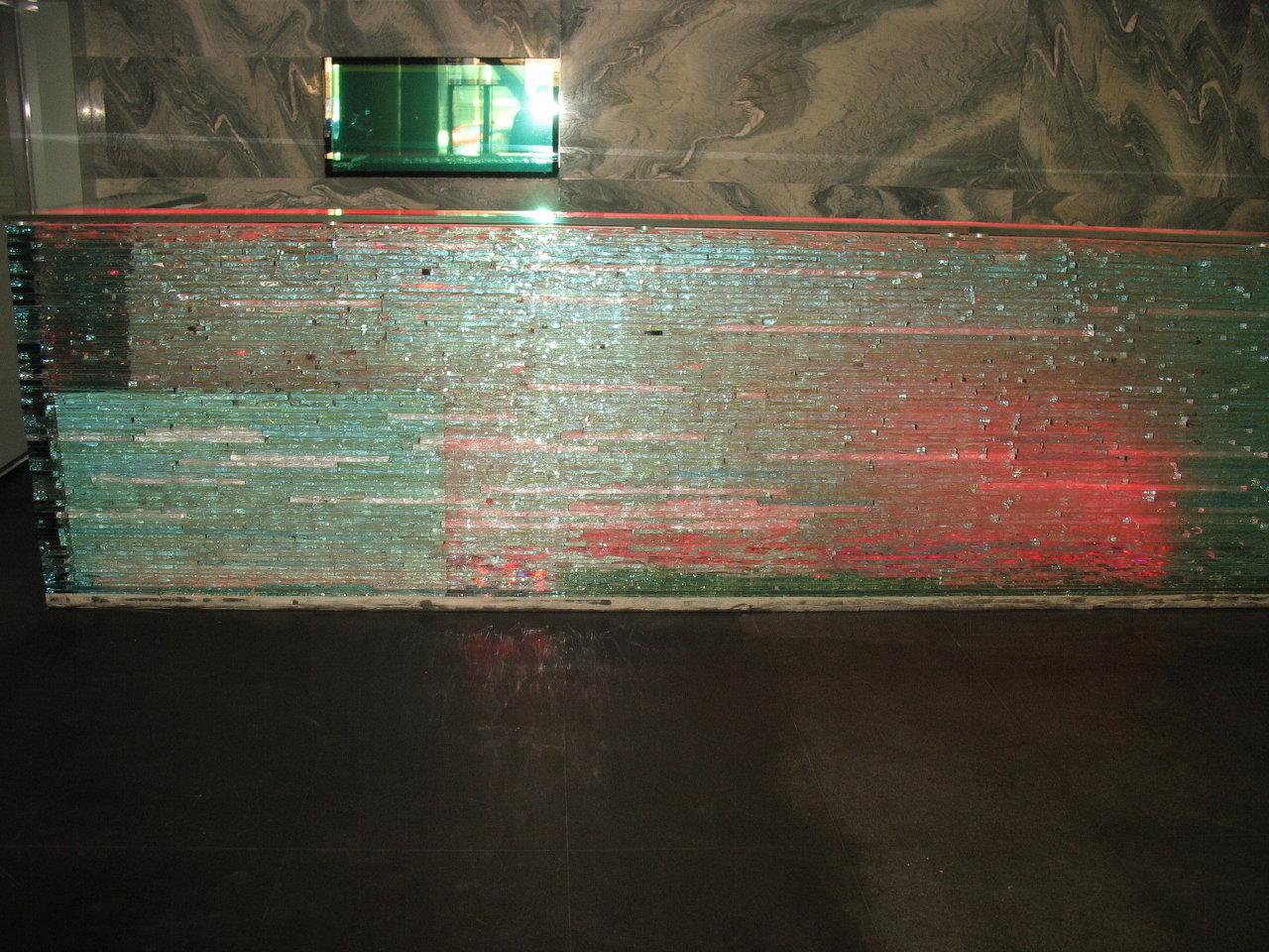 desk sticla3