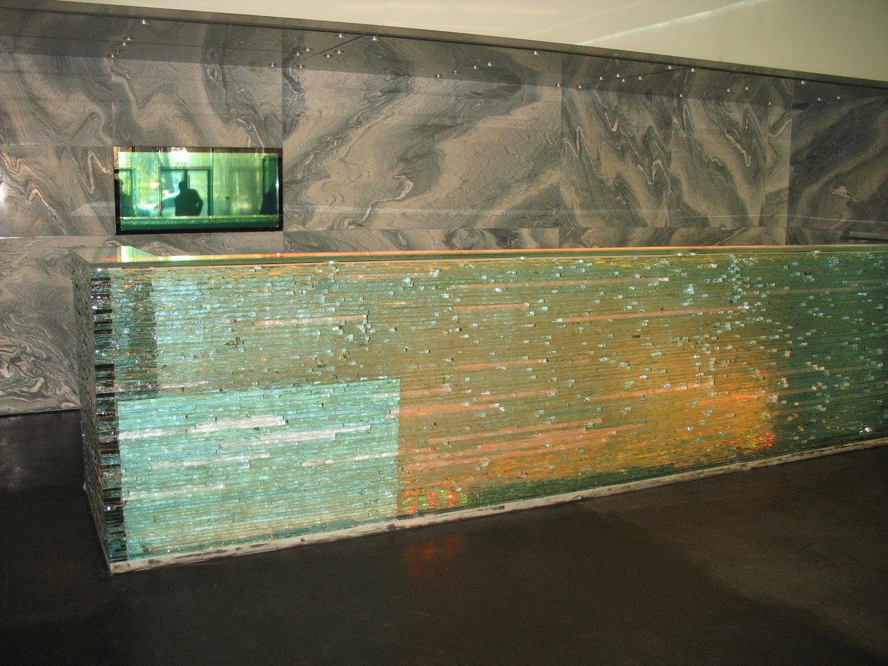 desk sticla2