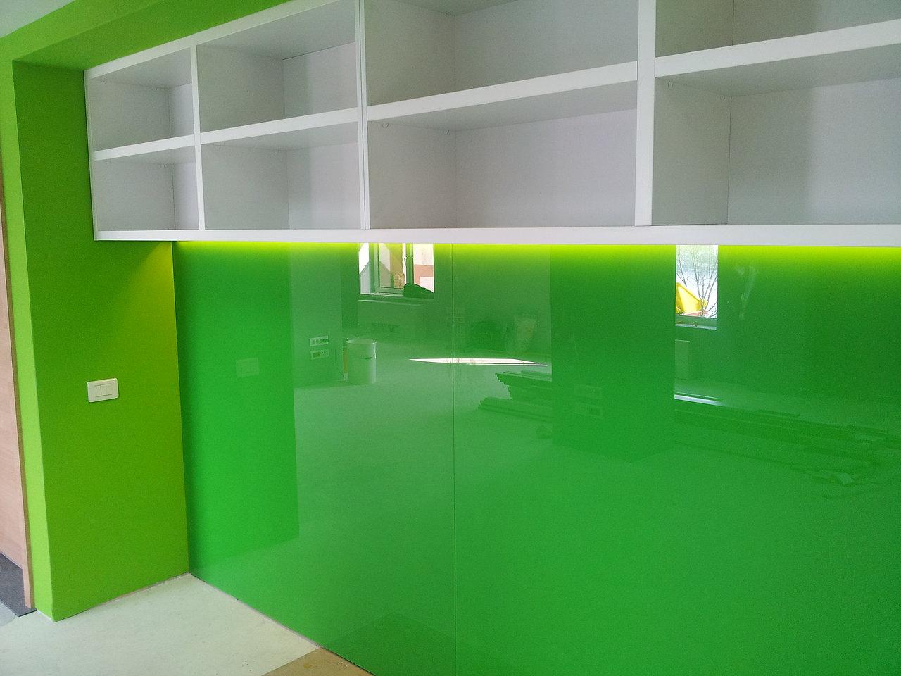 Placare geam color