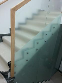 Balustrada din sticla point-fixing