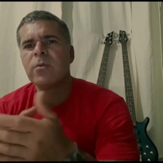 Moeda Paralela - A História do EP Três Cores (2019)