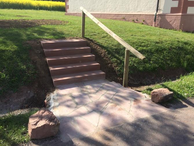Außenanlage Neue Treppe