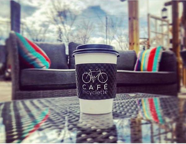 café et sofa.jpg