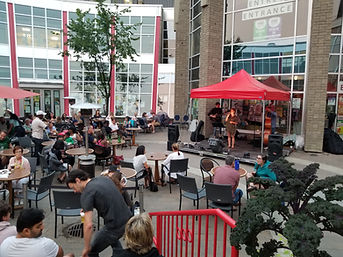patio music series pic 4.jpg