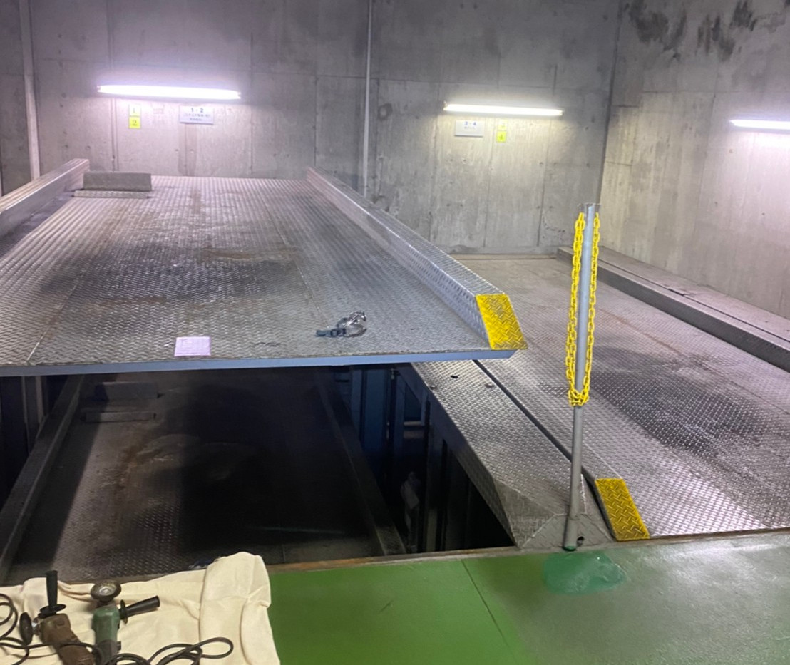 蔵前 立体駐車場塗り替え工事_201102_1.jpg