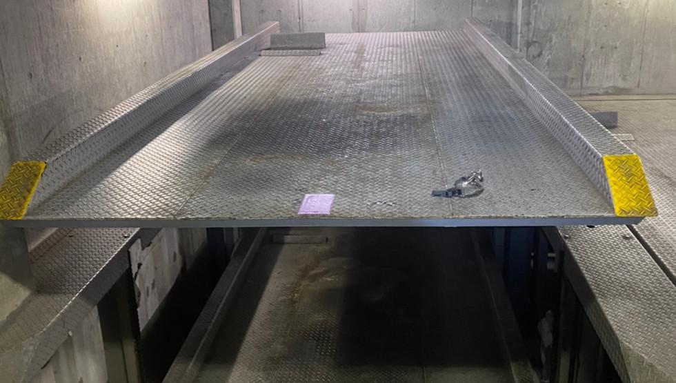 蔵前 立体駐車場塗り替え工事_201102_0.jpg