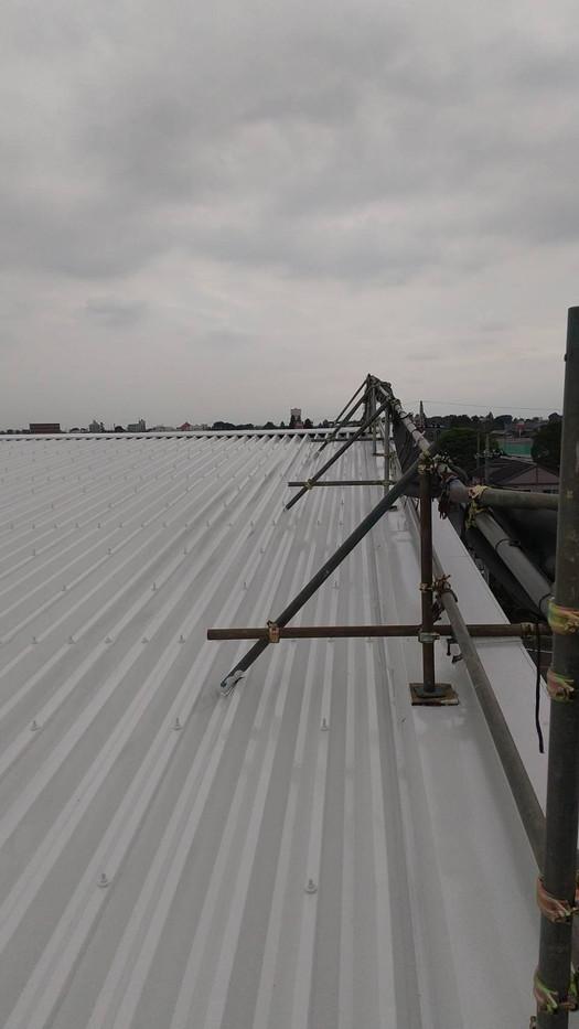 大泉町立東小学校体育館屋根塗装塗り替え塗装工事_201102_9.jpg