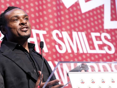 Baltimore Ravens Standout Brandon Carr Hosts Bright Smiles Kids Awards