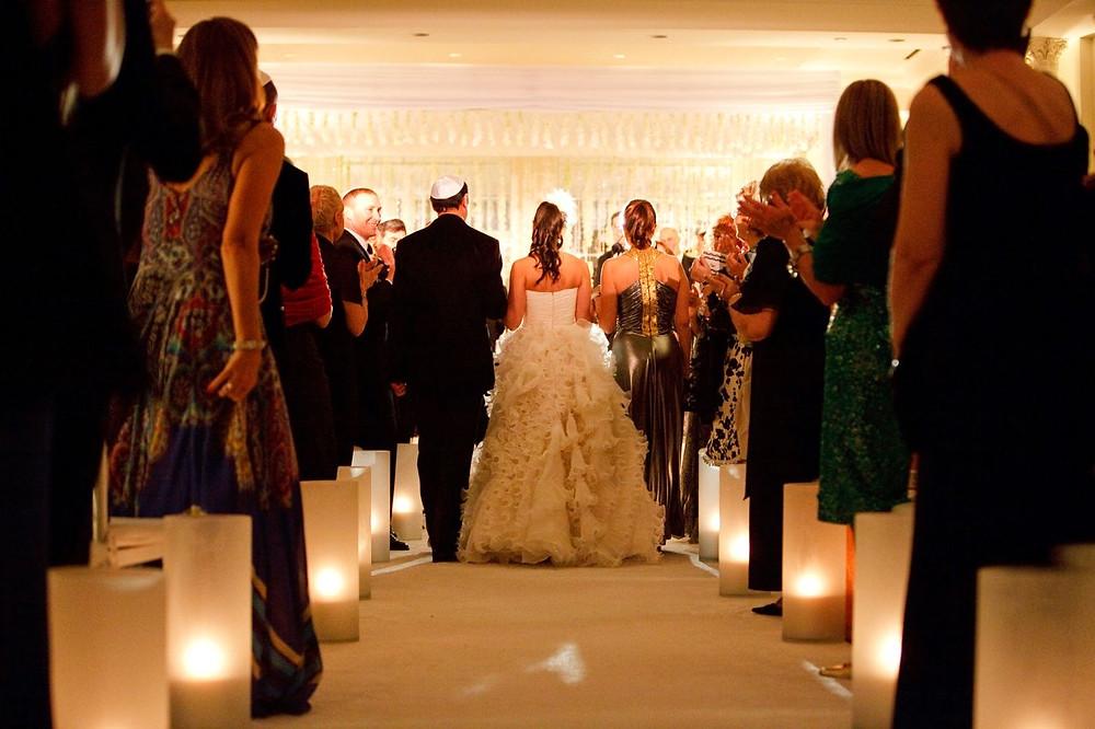 Gorgeous Bride walking down the aisle
