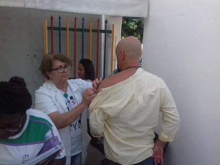 Dia de vacinação no CE Sergio Henrique Martinelli