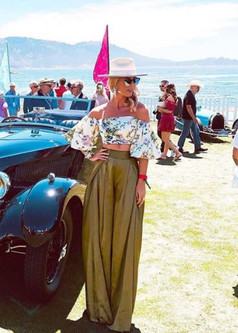 """""""Story Cars captures both the simplicity of classic cars and the uniqueness of more modern ones. I love the history in each post! Your page inspires, transports, and educates me!""""  - Kerry Cole -"""