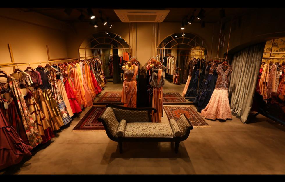 retail interior design firms