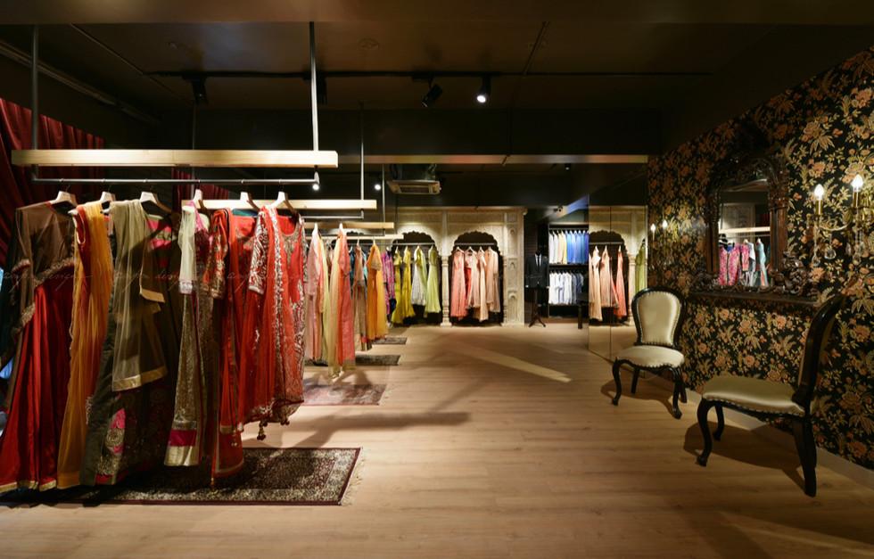 retail store interior design firms